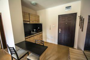 Apollon Apartments, Апартаменты  Несебр - big - 56