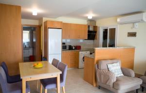 Ambelones Apartments, Апартаменты  Писсури - big - 35