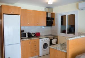 Ambelones Apartments, Апартаменты  Писсури - big - 14