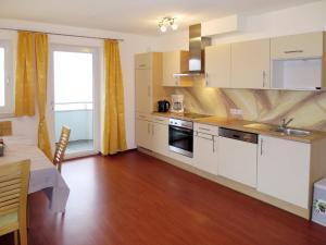 Appartement Huber 403W, Apartmány  Hainzenberg - big - 5