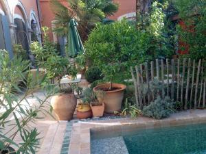 La Merci, Chambres d'hôtes, Bed & Breakfast  Montpellier - big - 13