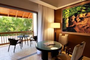 Habitación Elite con balcón y carrito de golf incluido