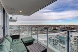 Luxury Sub-Penthouse – Downtown Riverfront, Apartmánové hotely  Calgary - big - 27