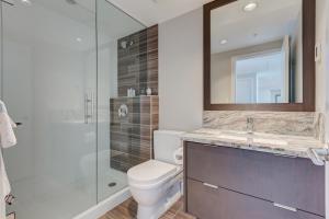 Luxury Sub-Penthouse – Downtown Riverfront, Apartmánové hotely  Calgary - big - 23