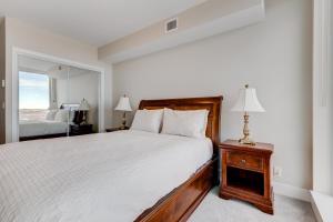 Luxury Sub-Penthouse – Downtown Riverfront, Apartmánové hotely  Calgary - big - 15