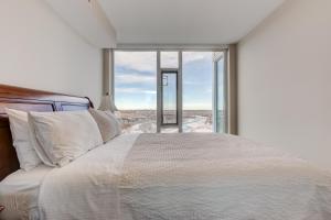 Luxury Sub-Penthouse – Downtown Riverfront, Apartmánové hotely  Calgary - big - 16