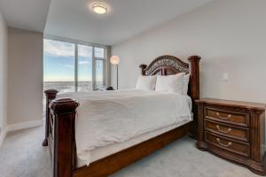 Luxury Sub-Penthouse – Downtown Riverfront, Apartmánové hotely  Calgary - big - 13