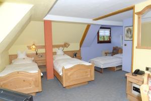 Hotel Sarbacher, Hotely  Gernsbach - big - 5