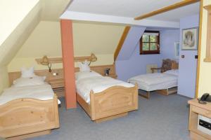 Hotel Sarbacher, Hotely  Gernsbach - big - 6
