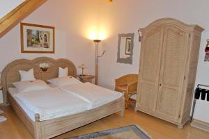 Hotel Sarbacher, Hotely  Gernsbach - big - 10