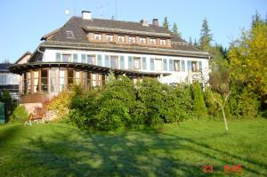 Hotel Sarbacher, Hotely  Gernsbach - big - 25