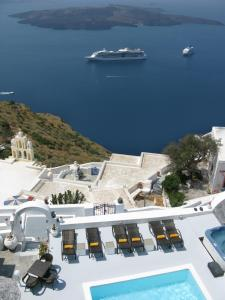 Nomikos Villas(Fira)