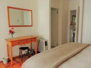 The Crooked Cottage, Apartmány  Clarens - big - 8