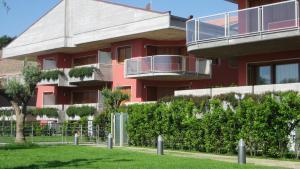 Catania Hills Residence