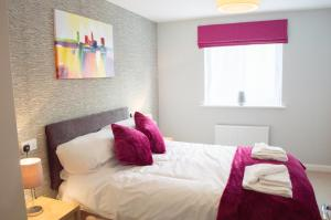 Stunning Copper Quarter Apartment, Apartmanok  Swansea - big - 7