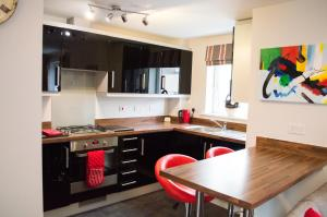 Stunning Copper Quarter Apartment, Apartmanok  Swansea - big - 6