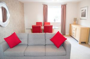 Stunning Copper Quarter Apartment, Apartmanok  Swansea - big - 31
