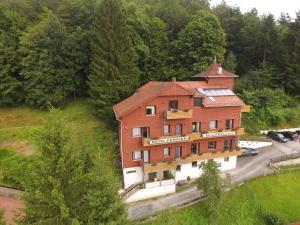 Hotel-Pension Waldhaus, Penzióny  Bad Grund - big - 1