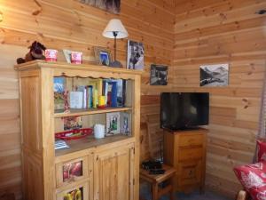 Chalet Le Villard, Alpesi faházak  Enchastrayes - big - 19