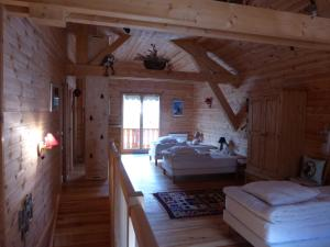 Chalet Le Villard, Alpesi faházak  Enchastrayes - big - 11