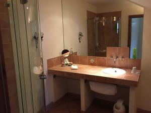 Seehotel THEODORS, Hotel  Wustrau - big - 28