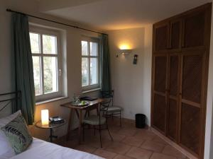 Seehotel THEODORS, Hotel  Wustrau - big - 5
