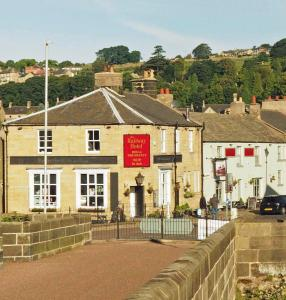 The Railway Hotel & Bistro