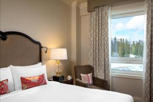 Fairmont Room with Mountain View