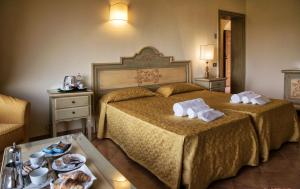 Grand Hotel Helio Cabala, Hotely  Marino - big - 13