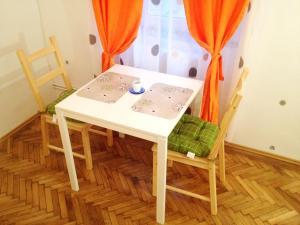 Central Residence, Ferienwohnungen  Braşov - big - 2