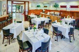 Lake Natoma Inn, Мотели  Folsom - big - 9