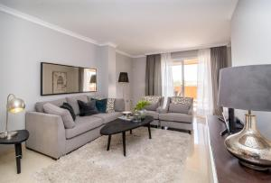 Los Lagos-LL, Apartments  Marbella - big - 14