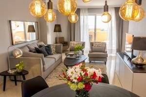 Los Lagos-LL, Apartments  Marbella - big - 12
