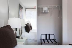 Canada Suites on Bay, Ferienwohnungen  Toronto - big - 44