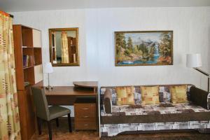 Apartment on Pospelova 12 а, Apartmány  Tashtagol - big - 7