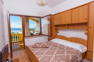 Apartments Beach Side Brela, Ferienwohnungen  Brela - big - 61