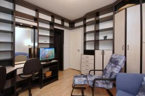Csillag Delux Apartman, Apartments  Gyula - big - 10