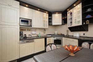 Csillag Delux Apartman, Apartments  Gyula - big - 16