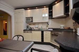 Csillag Delux Apartman, Apartments  Gyula - big - 18