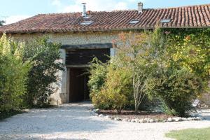 La Granerie, Manoir de Longeveau