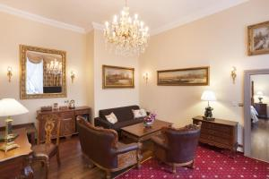 The Iron Gate Hotel & Suites (17 of 102)