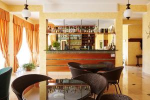 Hotel 2000 - AbcAlberghi.com