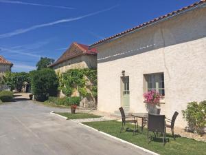 Maison Micheline, Manoir de Longeveau