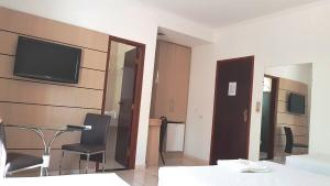 Ellus Hotel, Hotel  Dourados - big - 20