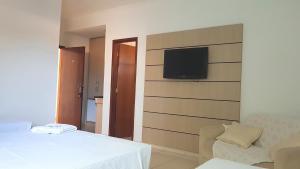 Ellus Hotel, Hotel  Dourados - big - 22