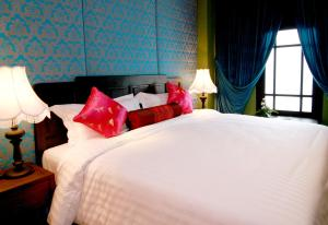 Special Offer - Deluxe Double Room with Free Minibar