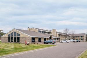 AmericInn Lodge and Suites Baxter-Brainerd