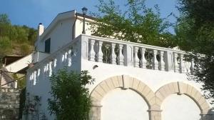 Villa Chiara Appartamenti - AbcAlberghi.com