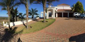 Fly Me To The Moon Guest House, Penzióny  Mossel Bay - big - 38