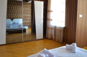 Luxurious Apartment by Caspian Housing, Apartmány  Baku - big - 11